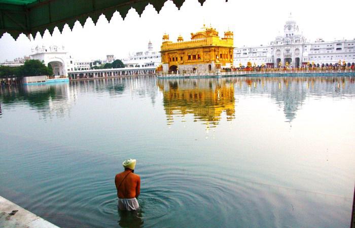 Золотой храм Хармандир-Сахиб